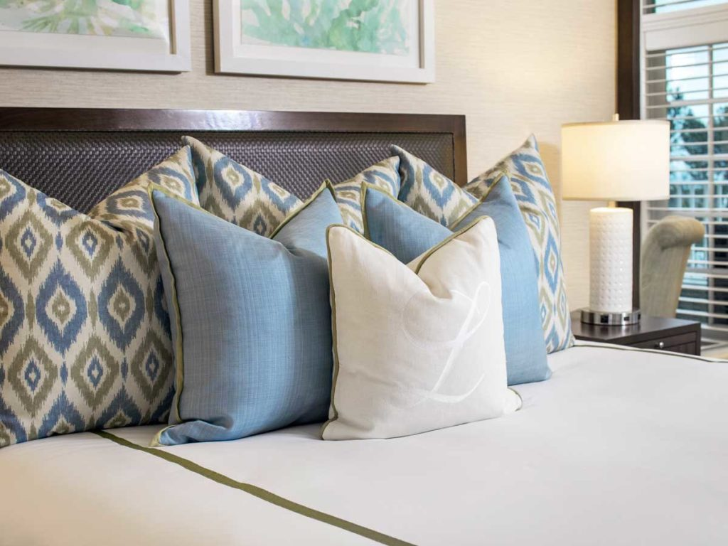 Guestroom bed at L'Auberge Del Mar